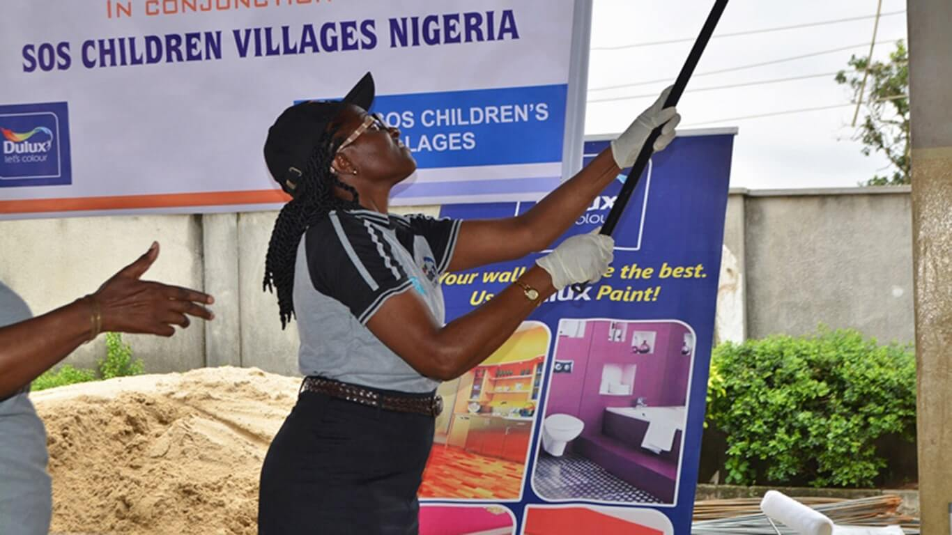 Dulux-Lets-Colour-SOS-Childrens-Villages-Nigeria-South-Africa-04