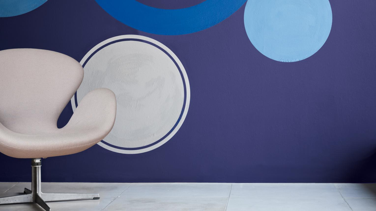 Be inspired by dramatic indigo blue+ colours and products