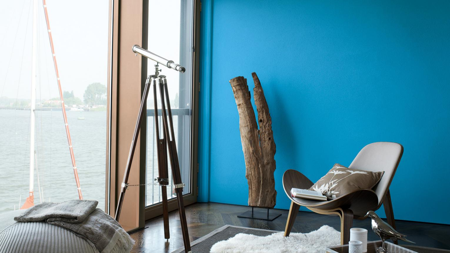 The colour of a swimming pool on a hot summer's day, Cerulean blue works as an accent to colour schemes in all rooms of the home.
