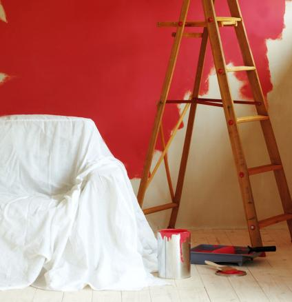 Protect your room when painting with dustsheets.