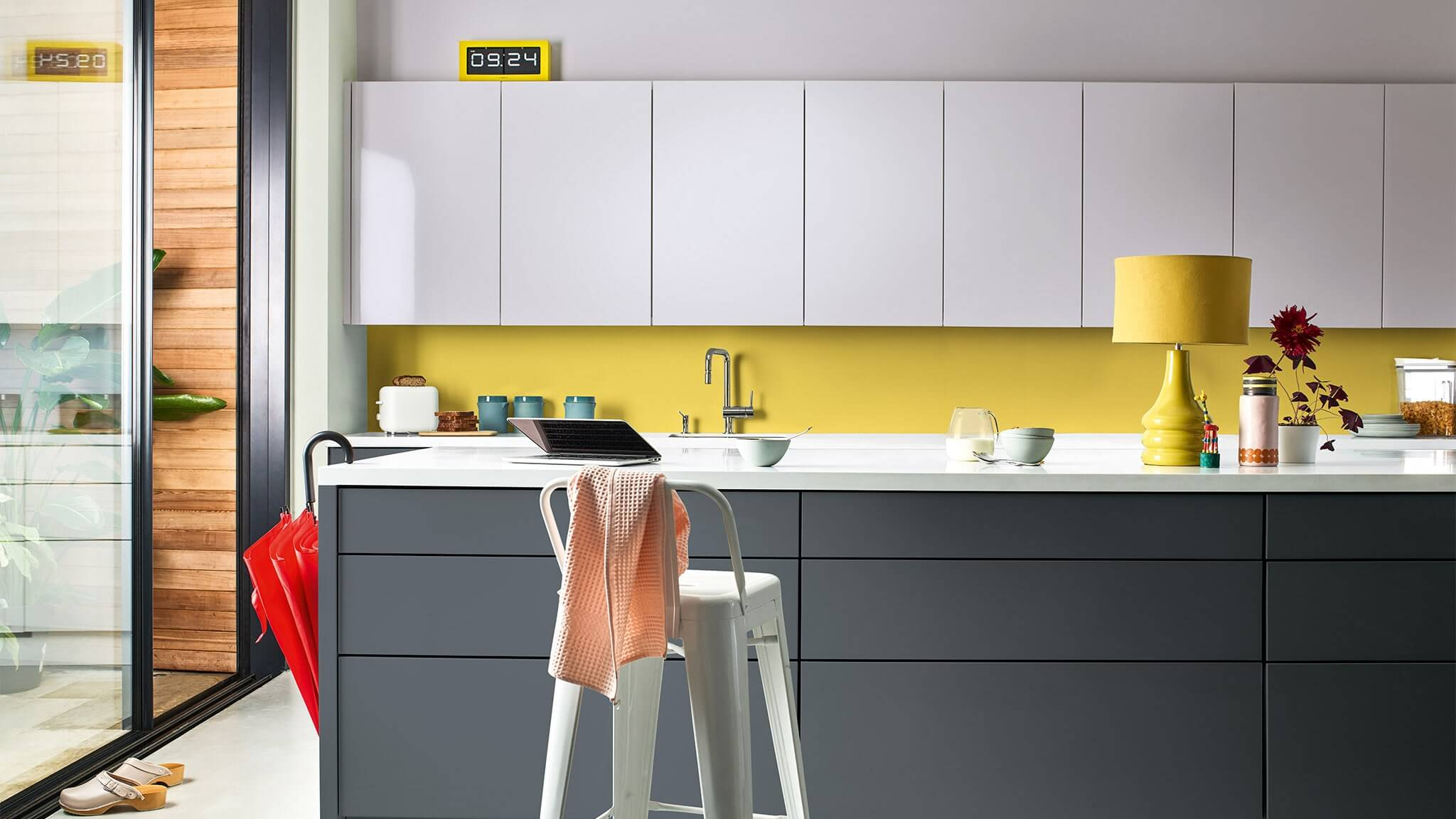 CF20_Color_of_the_year_2020_kitchen